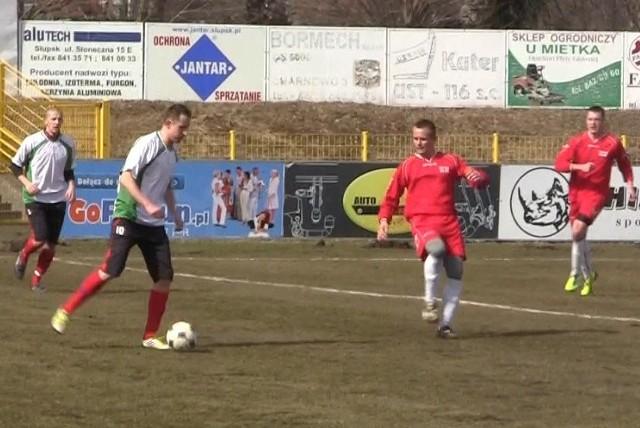 Gryf Słupsk przegrał z IV-ligowymi Aniołami Garczegorze 0:1 (0:0).