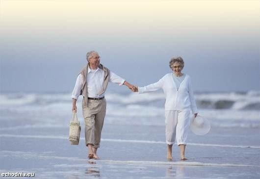 Polscy emeryci coraz częściej podróżują