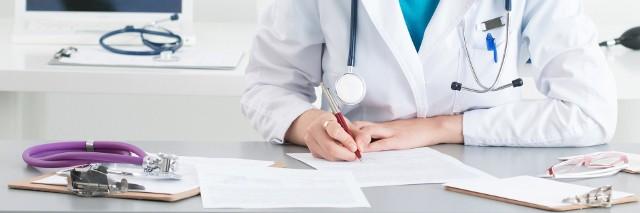 Ważne! Jeśli podejrzewasz, że Twój zły stan zdrowia może być wywołany koronawirusem, powinieneś zgłosić swoje objawy przed kontaktem z personelem Izby Przyjęć lub Szpitalnego Oddziału Ratunkowego