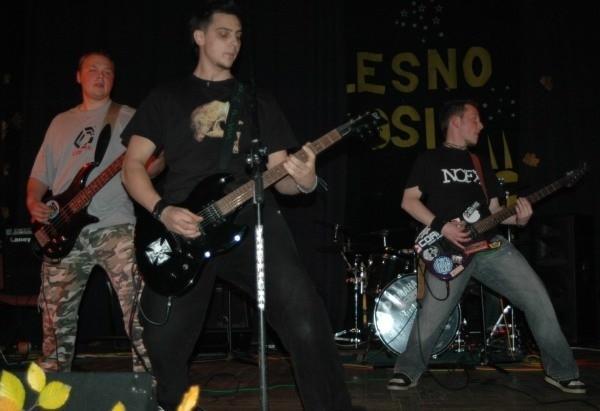 Grin Piss jako jedyna młodzieżowa kapela z Olesna nagrała profesjonalną płytę długogrającą.