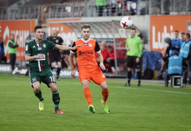 Dorde Cotra (z prawej) jeszcze w barwach Zagłębia Lubin. W poniedziałek zagra w koszulce Śląska