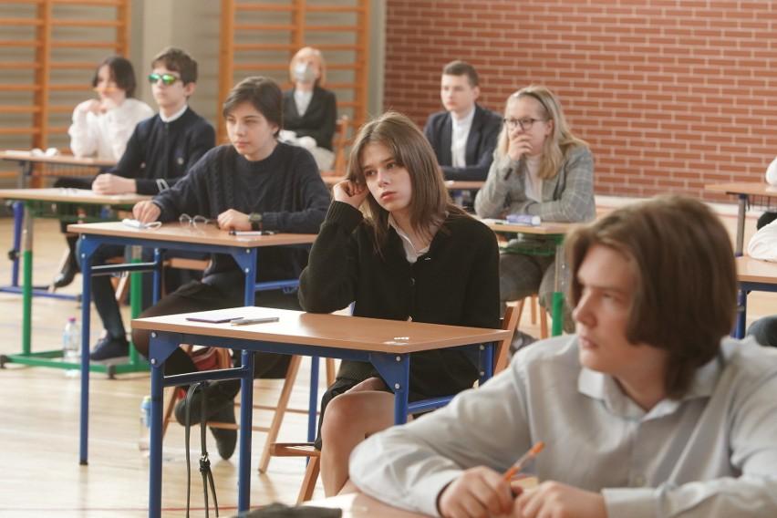 Przed ósmoklasistami czas wytężonej pracy intelektualnej -...