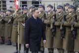 Prezydent Andrzej Duda awansował pięciu oficerów. Nominacje wręczy podczas Święta Wojska Polskiego