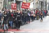 Protest pracowników sądów w Łodzi. Przemarsz ulicami Śródmieścia - uwaga korki! [FILM, zdjęcia]
