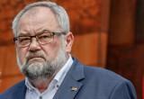 Minister Piotr Gliński i jego ministerstwo działają trochę tak jak hydraulik. Tu zatkamy, tam odetkamy - mówi poseł KO Piotr Adamowicz