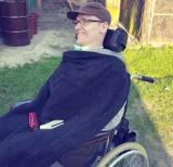 Zbierają pieniądze na wózek dla sparaliżowanego Dawida. Możesz pomóc!