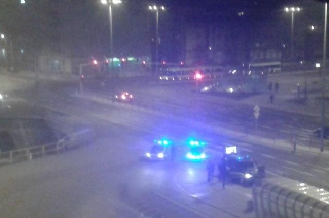 Policja ścigała osoby podejrzane o pobicie na ulicy Ryskiej