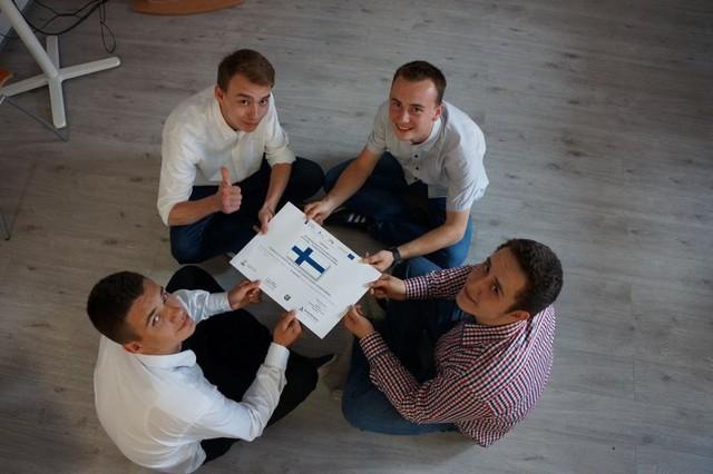 Zespół z ZSP nr 2 w Kluczborku wygrał konkurs w składzie: Kamil Żurak, Sebastian Bałajewicz, Dawid Przybylski, Piotrek Żurawka, Damian Otte oraz opiekun Grzegorz Ośródka.