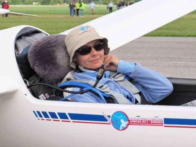 Grudziądzka pilotka Joanna Biedermann w szybowcu, podczas...