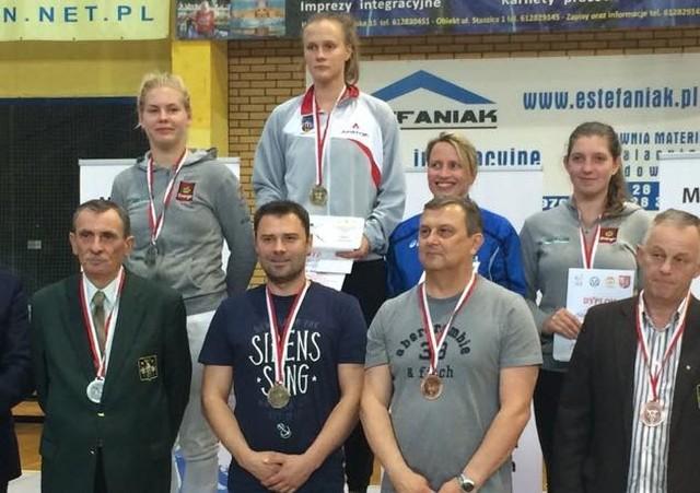 Marta Łyczbińska na najwyższym stopniu podium w Śremie.