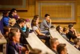 Poznań: Rekrutacja na studia jeszcze trwa. Sprawdź, na których kierunkach są miejsca na UAM i Uniwersytecie Przyrodniczym