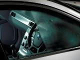 Parujące szyby w samochodzie. Można temu zaradzić! Takie są najlepsze sposoby! Zobacz