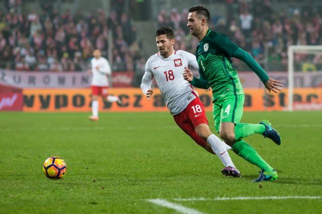 2 września zamknięto letnie okienko transferowe w większości europejskich lig, ale zawodnicy z kartą w ręku wciąż mogą być dołączyć do składów. W tym gronie znajduje się kilkunastu wartych uwagi Polaków.