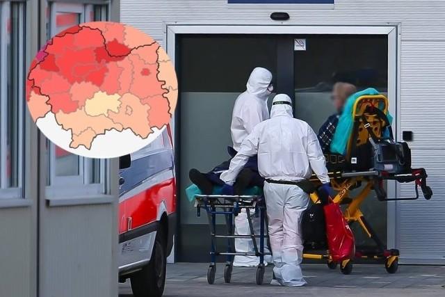 W Małopolsce tygodniowy wskaźnik zakażeń był na poziomie około 30 przypadków na 100 tys. osób, plasując tym samym nasz region na siódmym miejscu wśród wszystkich województw o najwyższym wskaźniku zapadalności na koronawirusa. Mimo że Małopolska nie wypada najgorzej na tle kraju, to w niektórych powiatach sytuacja pandemiczna jest wciąż poważna. Jak wygląda sytuacja z koronawirusem w powiatach Małopolski? Przejdź do galerii i zobacz zestawienie. Przesuwaj zdjęcia w prawo - naciśnij strzałkę lub przycisk NASTĘPNE >>>LISTA POWIATÓW >>>