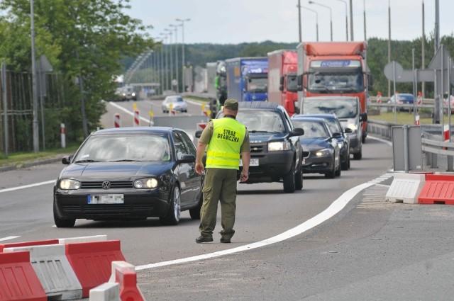 Czy osoby pracujące w Niemczech i mieszkające w Polsce będą mogły pokonywać granicę?