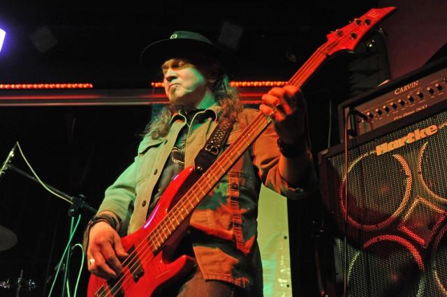 Lider grupy Izotop Henryk Tomczak to jedna z legend polskiego rocka