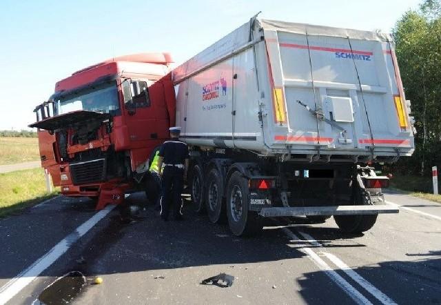 Wypadek na skrzyżowaniu DK 8 i DW 408 w powiecie bełchatowskim