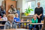 Koniec nauki zdalnej - 18 stycznia! Jak ma wyglądać ich nauka? Uczniowie klas I-III szkół podstawowych wrócą do sal lekcyjnych