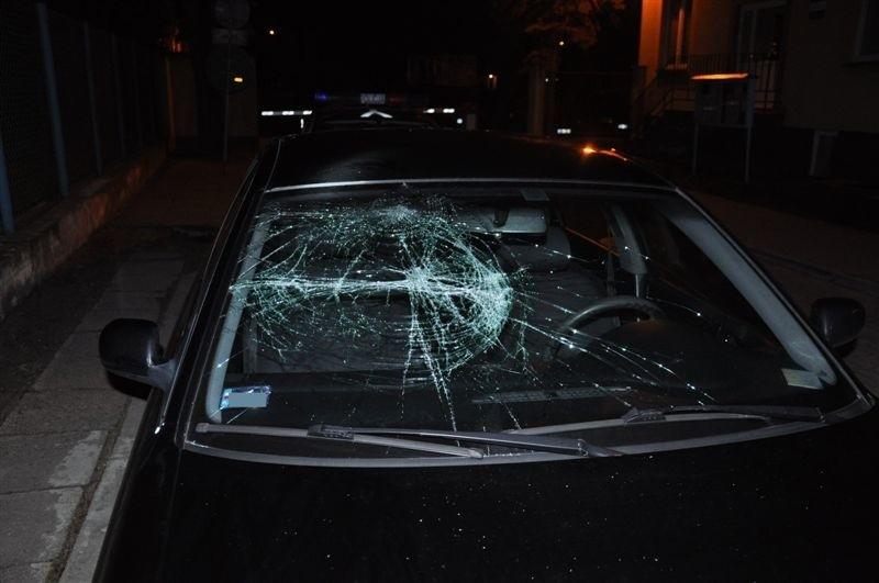 Audi zostało zniszczone pod dyskoteka przy alei Róż w Wyszkowie