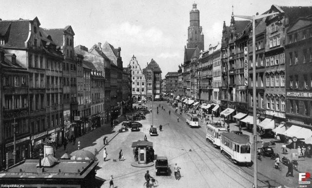 Ruch we Wrocławiu w latach 30. ubiegłego wieku trudno porównywać do tego dzisiejszego. Ale już wtedy problemem dla kierowców byli rowerzyści...