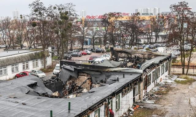 Magazyn na ul. Abrahama w Gdańsku spalił się 10 grudnia.