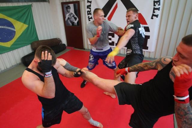 Grupowe walki MMA mają zadebiutować przy wielkiej widowni w styczniu przyszłego roku w poznańskiej Arenie
