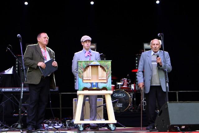 Bieruńska katarynka. Z prawej - Jan Wieczorek