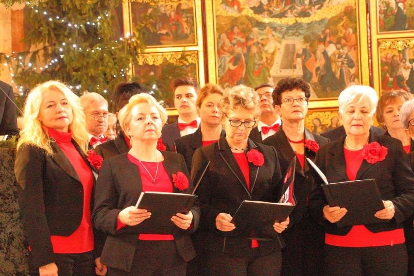 Koncert kolęd w święto Matki Bożej Gromnicznej