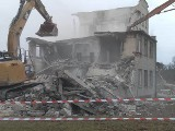 Ściśle tajny obiekt pod Poznaniem. Co kryła budowla, która została wyburzona w Biedrusku?