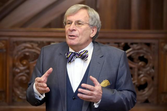 Prof. Witold Kulesza, wykładowca Katedry Prawa Karnego Uniwersytetu Łódzkiego, były dyrektor Głównej Komisji Ścigania Zbrodni Przeciwko Narodowi Polskiemu
