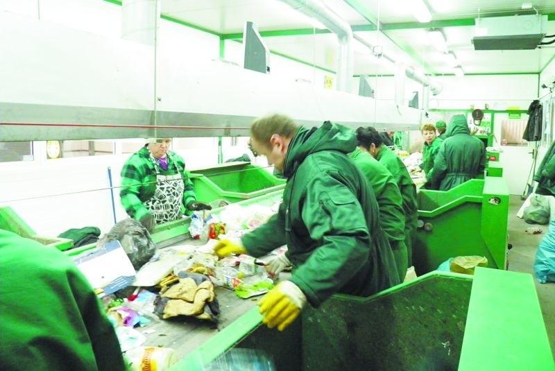 W nowym Zakładzie Przetwarzania i Unieszkodliwiania Odpadów w Miastkowie pracę znalazło 35 osób