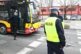 Wypadek autobusu MPK na Brucknera. Kierowca nie zahamował w porę