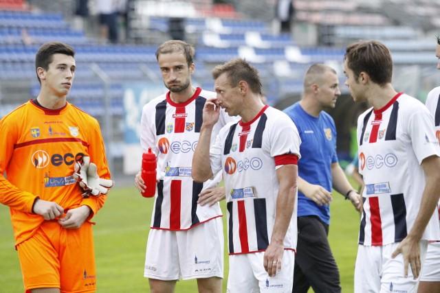 Grzegorz Kleemann (pierwszy z lewej) w tym sezonie wystąpił w 11 meczach Odry w III lidze.