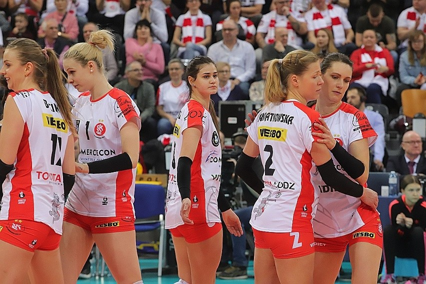Czwarte zwycięstwo z rzędu. #VolleyWrocław - ŁKS Commercecon 0:3