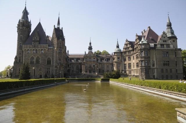 Pałac w Mosznej.