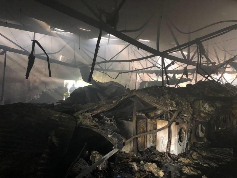 Tak wygląda wnętrze sklepu Media Expert po pożarze