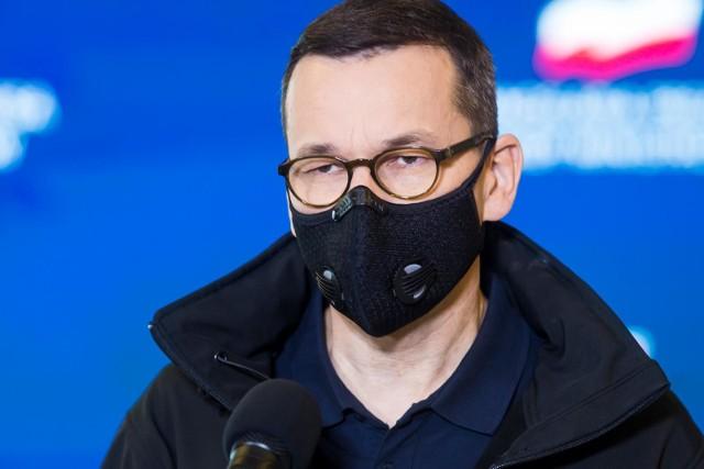 """12 mld zł dla samorządów. Morawiecki: """"Skończyliśmy z logiką Polski A, B i C"""""""