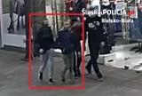 Bielsko-Biała: dwaj chłopcy na ulicy ukradli 65-latce torebkę z pieniędzmi. Ktoś ich poznaje?