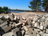Trwają wakacje, a główna plaża w Pieczyskach nieczynna. Otwarcie kąpieliska dopiero na początku lipca