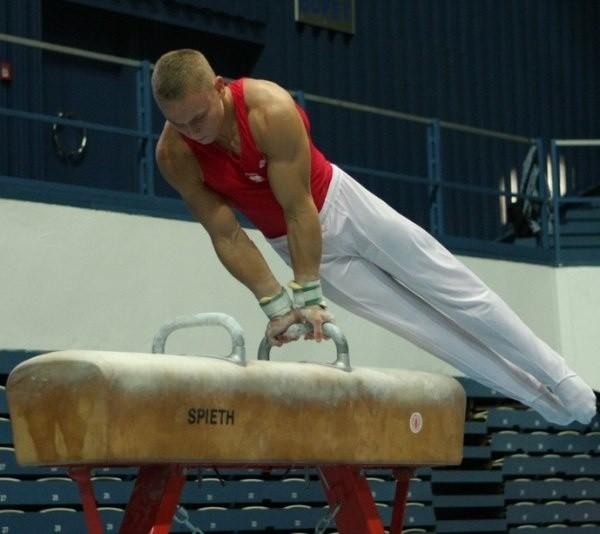 Maciej Łabutin w ćwiczeniach na koniu z łękami zajął 40. lokatę.