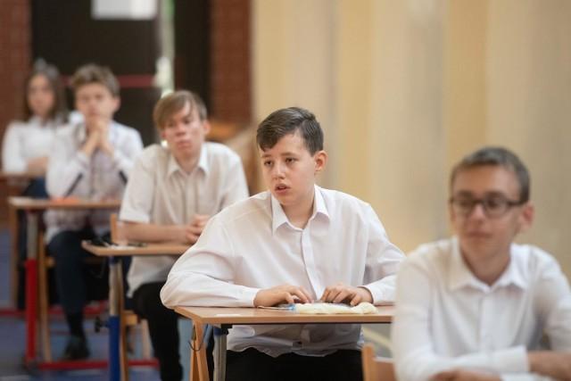 Próbny egzamin ósmoklasisty 2021 odbędzie się w trybie stacjonarnym