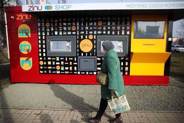 Automatyczny sklep przed M1 w Krakowie
