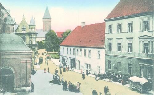 W roku 1915 z tego miejsca widać było zamek.