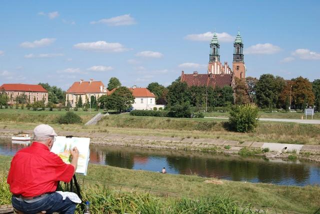Każdy kto mieszka w Poznaniu ma swoje ulubione dzielnice. Ale wybierając miejsce do życia bierze pod uwagę także inne czynniki - dobrą komunikację, infrastrukturę i... cenę.  Oto najpopularniejsze dzielnice w Poznaniu. Przejdź dalej --->