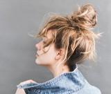 Łatwe fryzury, które zrobisz w 5 minut! 6 pomysłów na szybki i efektowny wygląd!