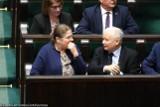PiS nie zadowala się już twardym elektoratem. Ruszył właśnie po głosy niezdecydowanych