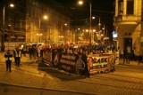 Wrocław: NOP maszerował przez Rynek w ciszy (ZDJĘCIA)