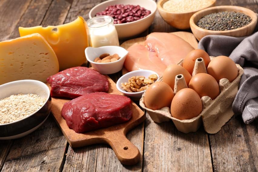 Białko to składnik, który w dietach stosowanych na całym świecie w ok. 65 procentach pochodzi z żywności roślinnej, natomiast ok. 35 procent jego ilości jest dostarczane przez produkty zwierzęce. W diecie w stylu zachodnim proporcje te są odwrotne, co wpływa na zwiększoną zapadalność na choroby krążeniowe.