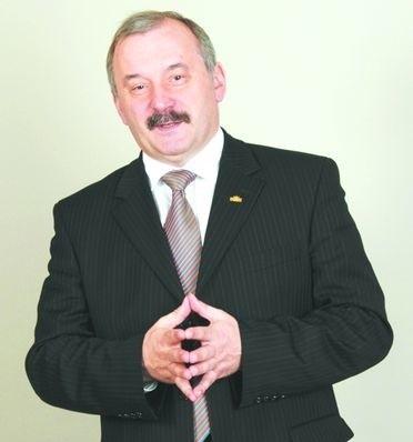 Krzysztof Andruszkiewicz jest specjalistą CSR i współpracownikiem Forum Odpowiedzialnego Biznesu