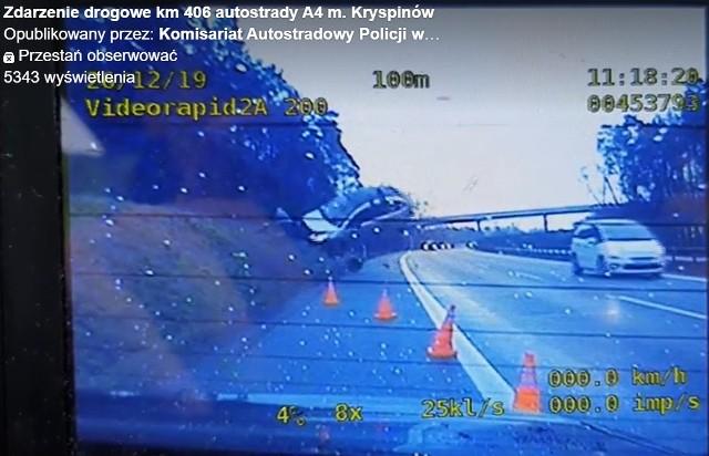 Wypadek na A4 zarejestrowany przez policyjną kamerę